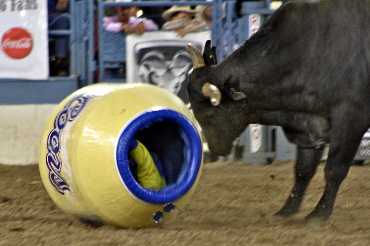 ... ranch kid from tiny Detroit Lakes, Minn., competing in an amateur rodeo.